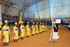Opening ceremony yellow people
