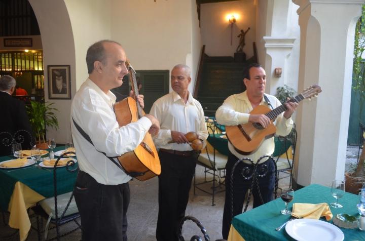 La Paella – an UnchainedMelody