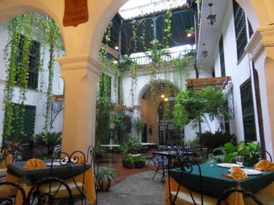 Valencia-Hostal-Havana