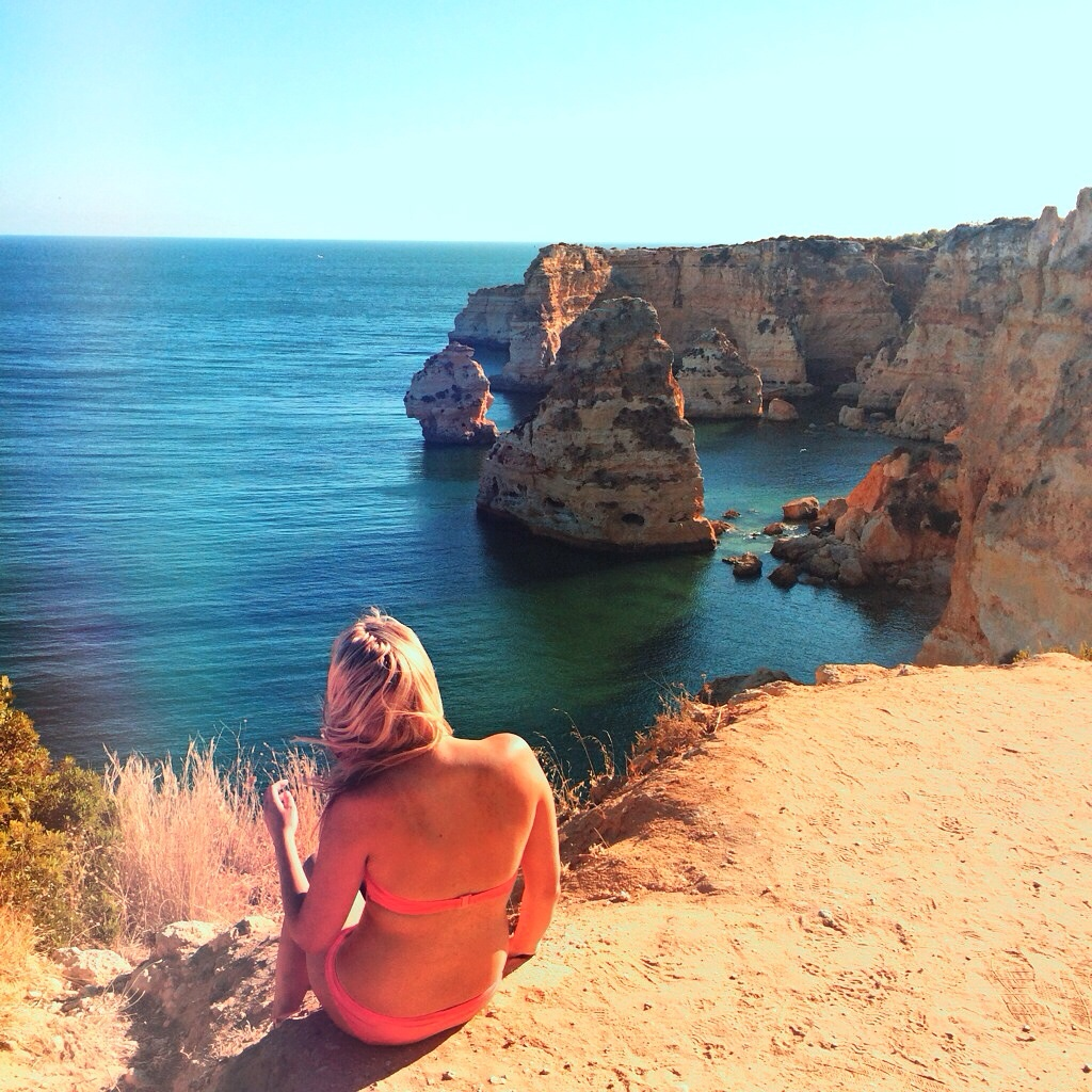 Cliff Jumping in theAlgarve