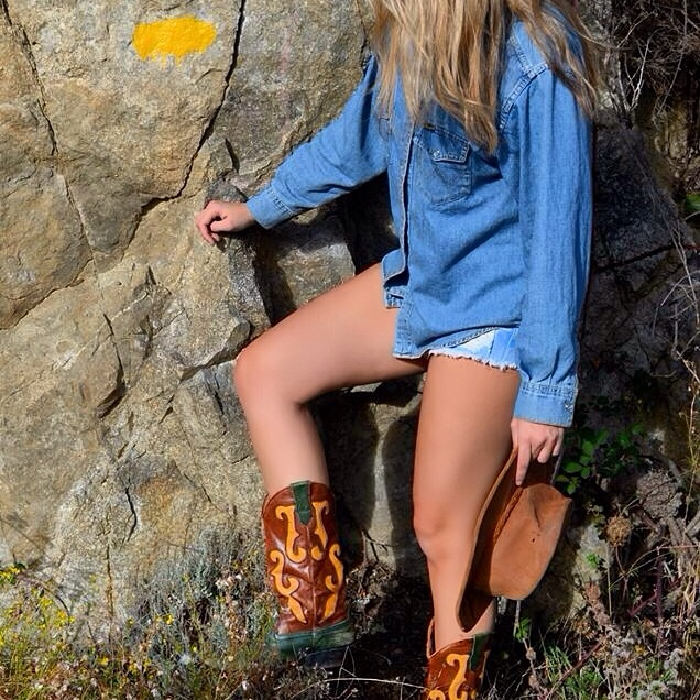 Cowboy 'n Cow GirlStyle