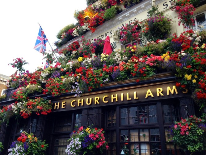 Churchill-Arms-e1376566290868