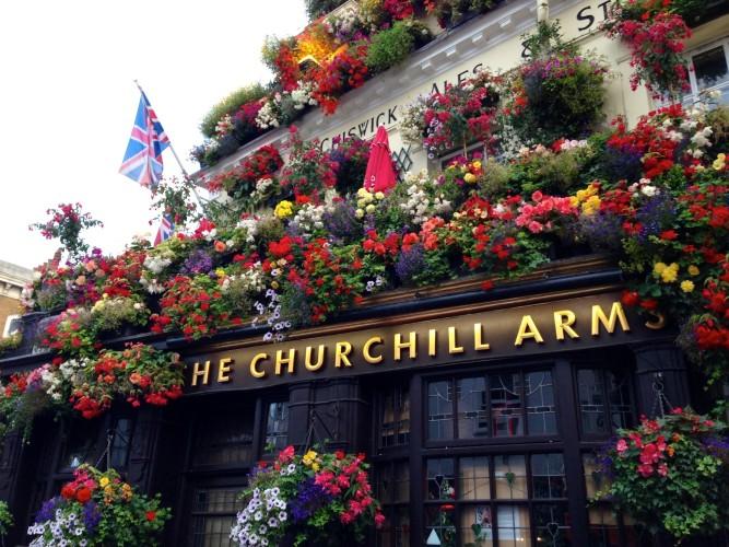 Churchill-Arms-e1376566290868